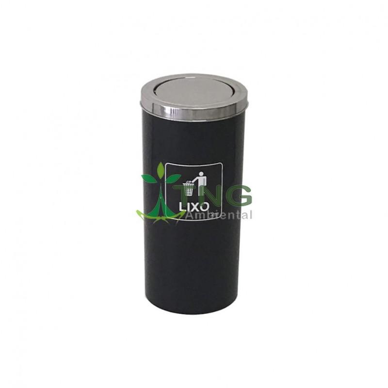 Lixeira 50 litros em fiberglass com tampa flip-top em aço inox