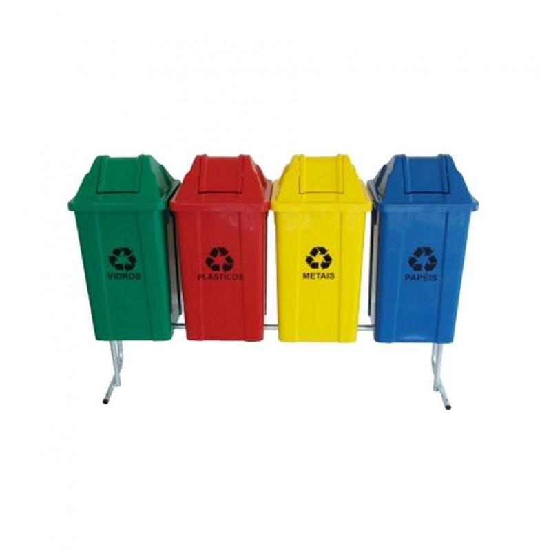Conjunto com 04 lixeiras para coleta seletiva com tampa vai-vem 60 litros cada