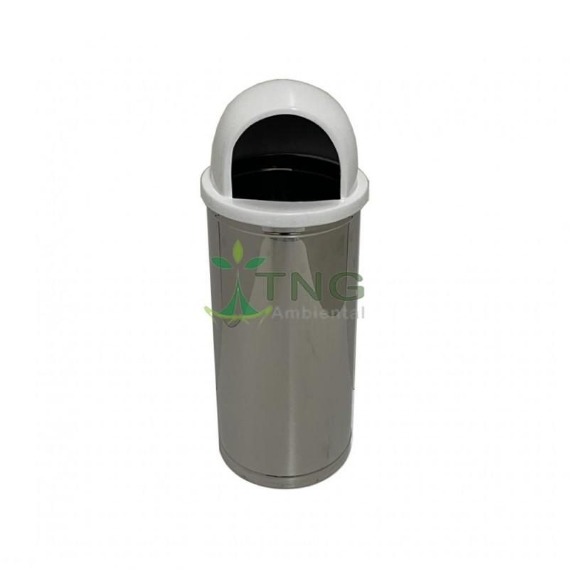 Lixeira 32 litros em aço inox com tampa em fiberglass abertura frontal