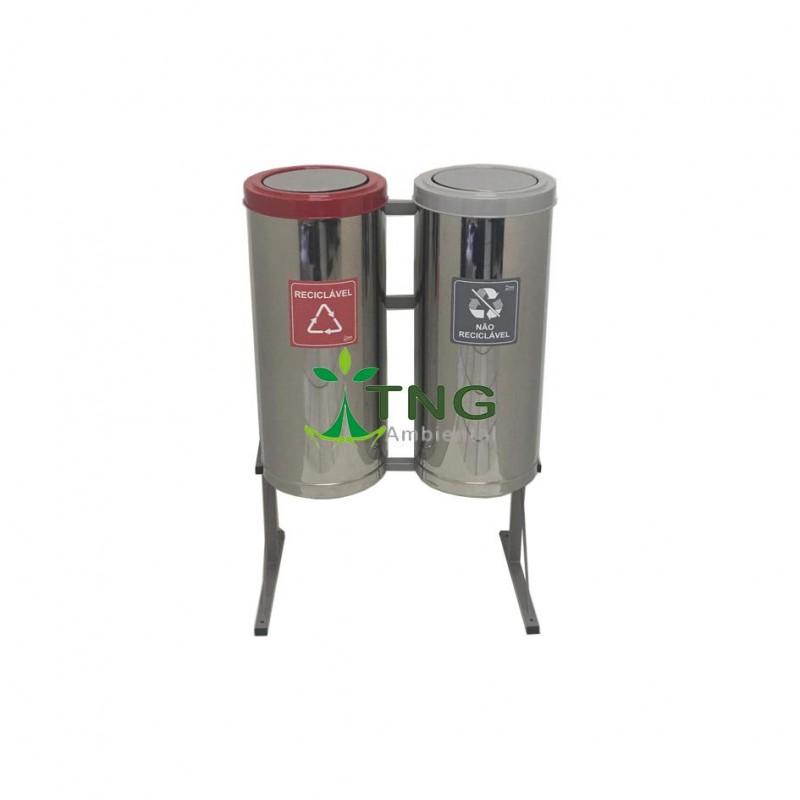 Conjunto coleta seletiva com 02 lixeiras em aço inox 75 litros